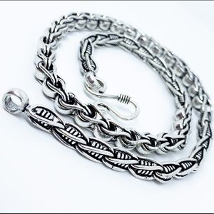 Vintage Style 925 Sterling Silver Artisan Necklace